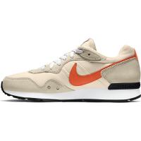 Nike Venture Runner Sneaker Herren - PEARL WHITE/ORANGE-RATTAN-WHITE - Größe 10.5